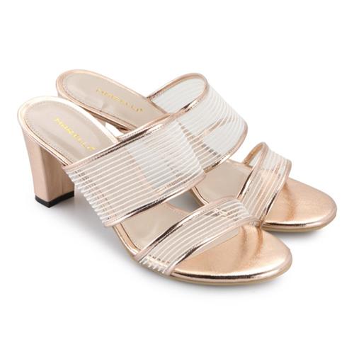 High heels sandal ini bisa menggantikan selop atau kelom