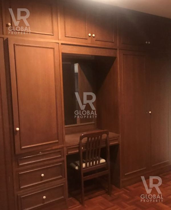 VR Global Property Company Limited คอนโดย่านทองหล่อให้เช่า S P Mansion เอส.พี. แมนชั่น ทองหล่อซอย 8