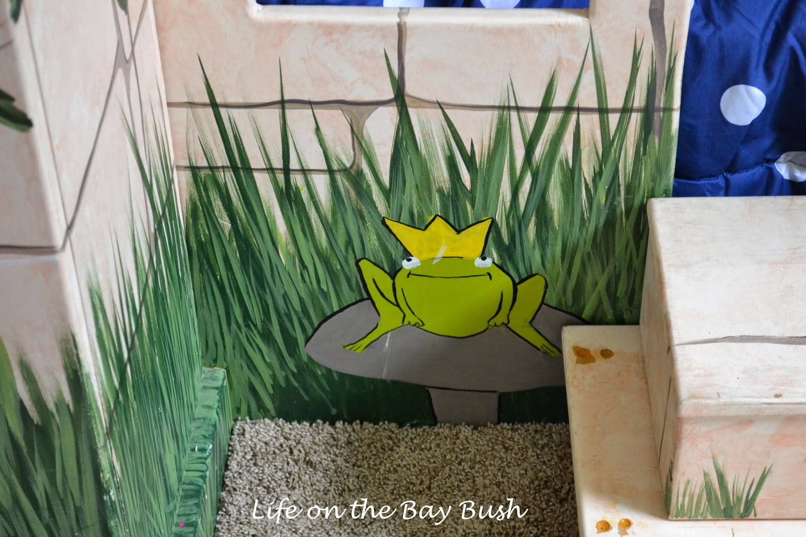 Frog Prince Castle Bunk Bed