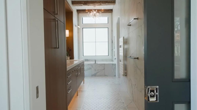 51 Interior Design Photos vs. 44 Deerhaven Ln, Asheville, NC Luxury Home Tour