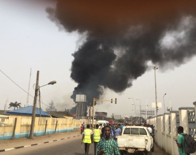 Lagosians On The Run As Big Forte Oil Filling Statio Engulfs In Flames In Lagos