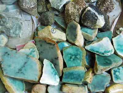 raw green jade-stone
