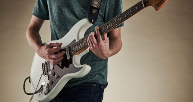 Best Ways To Improve Your Guitar Playing