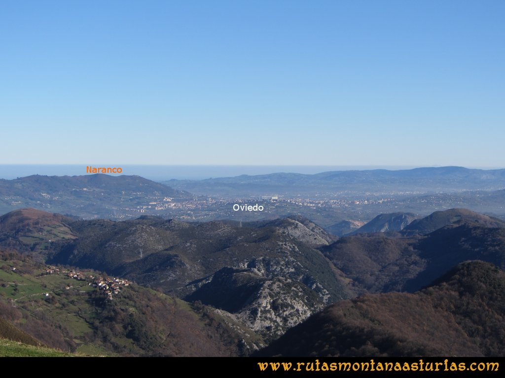 Area Buyera, picos Grandamiana y Plantón: Desde Canto la Cruz, vista de Oviedo y Naranco