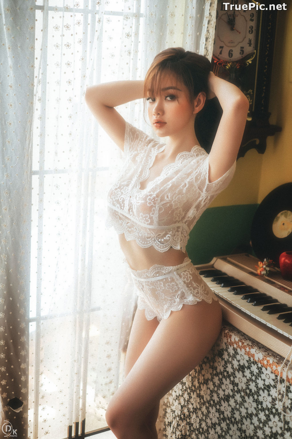 Image Vietnamese Hot Model - Sleepwear and Lingerie Under Dawnlight - TruePic.net - Picture-5