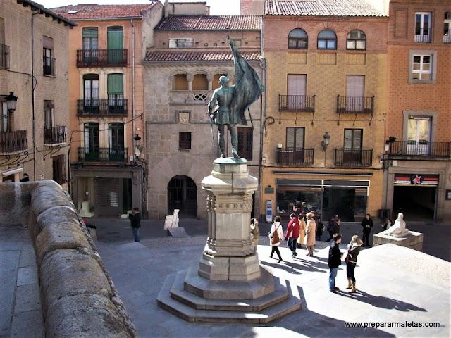 visitar Segovia en un día, plazas