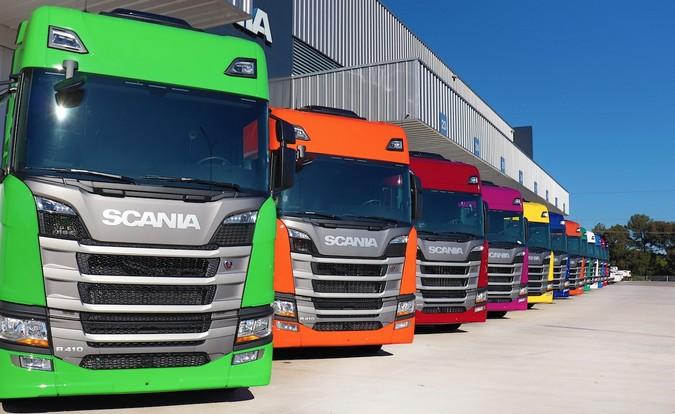 Unius Logística adquire 12 caminhões Scania R 410
