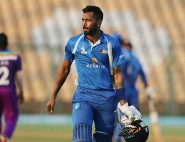 हार्दिक पांड्या ने 55 गेंद पर 158 रन की पारी खेली......