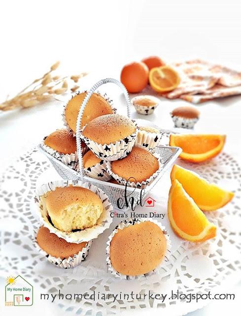 BOLU KERING JERUK (dengan video) / Indonesian vintage orange mini cake with video. | Çitra's Home Diary. #bolujadul #orangecake #foodphotography #minicupcakes #orangecupcake #bolukeringjeruk #indonesisch #resepbolukering