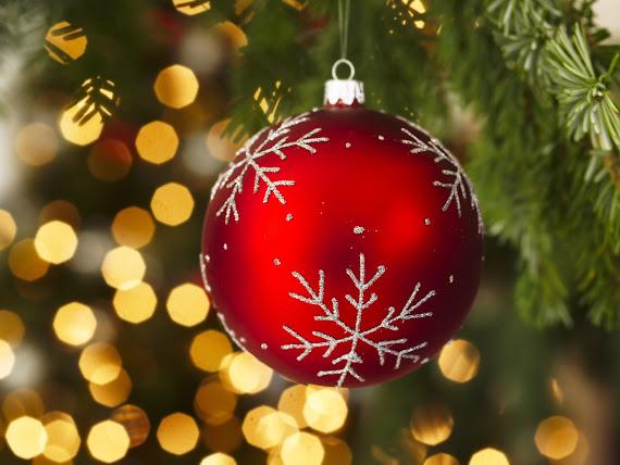 download besplatne Božićne pozadine za desktop 1600x1200 čestitke blagdani Merry Christmas kuglica za bor