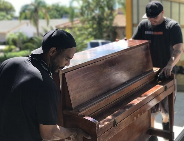 how to move a piano quickly cost effective moving pianos