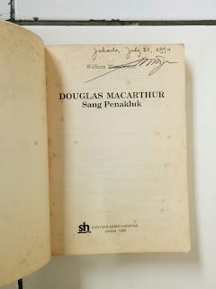 Mac Arthur Sang Penakluk