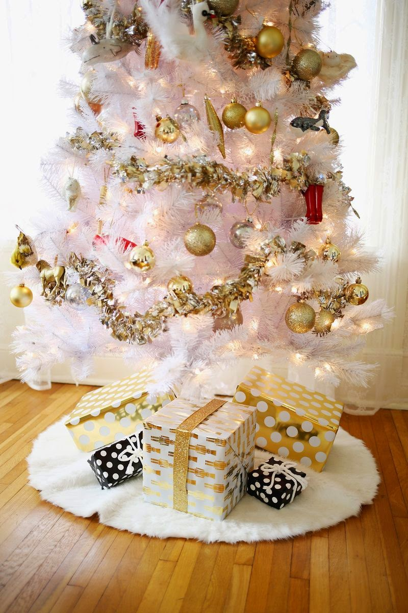 3 Easy No-Sew Tree Skirts! A beautiful Mess