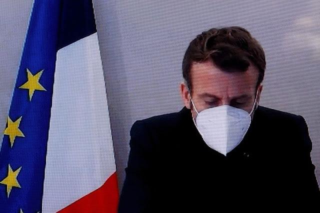 "Positif Covid, Macron Ngaku Lagi Sial, ""Saya Alami Sakit Kepala dan Batuk"""