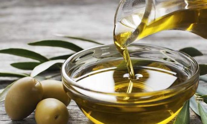 cara menghilangkan bekas jerawat dengan minyak zaitun