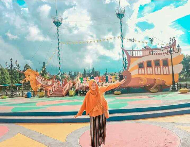 Taman Little Venice di Puncak Bogor