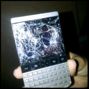 Nawoooooo Blackberry Porsche N450,000 Gone Just Like That? 1