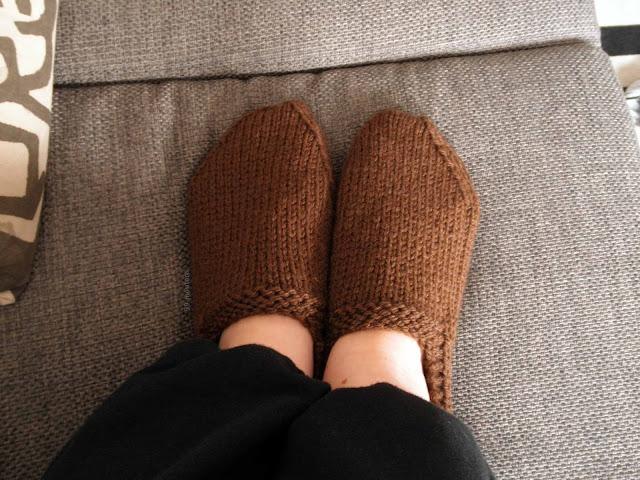 chaussons tricotés laine marron