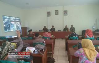 sosialisasi program BPNT dan PKH oleh Camat Cikembar