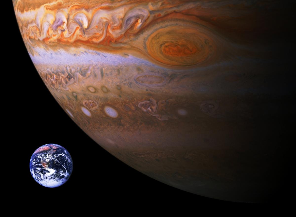 Comparación de tamaño entre la Tierra y Júpiter