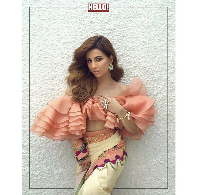 Ushna Shah Stunning looks in New Photoshoot