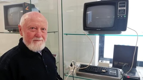 Legendás otthoni számítógépet adományoztak a Neumann Társaság múzeumának