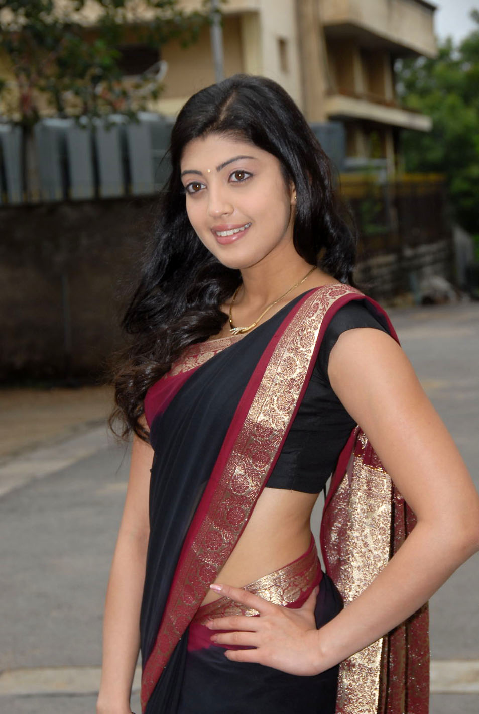 GK Photoes: Telugu actress Pranitha Latest Stills In White