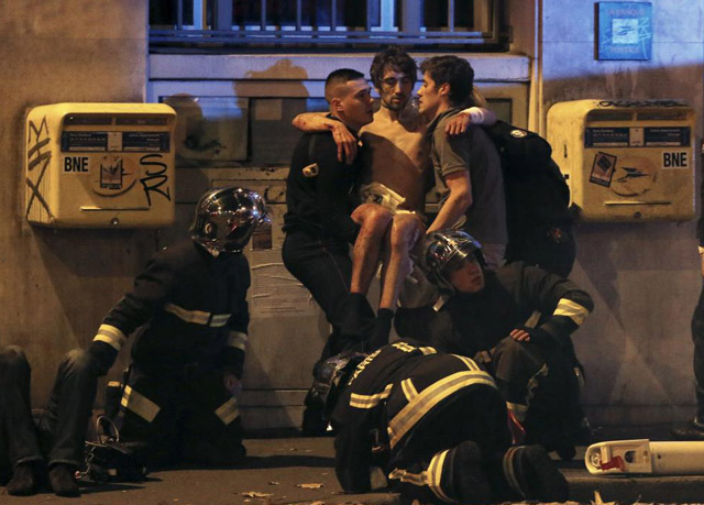 Paris attack Helping police