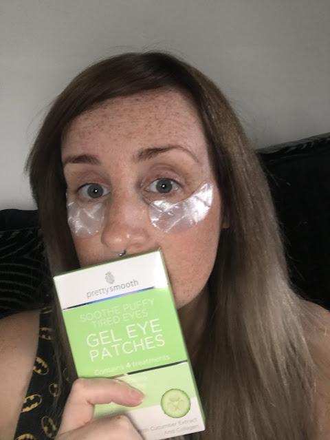 Pretty Smooth gel eye patches