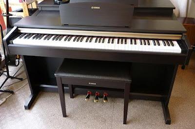 Đàn piano điện Yamaha YDP-151 Nhật Cũ Giá Rẻ