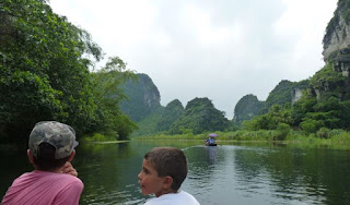 Ninh Binh, Cuevas de Trang An.