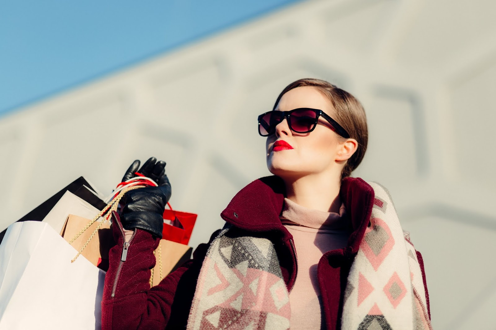 12 Ways to Escape your Shopping Habit | Fake Fabulous