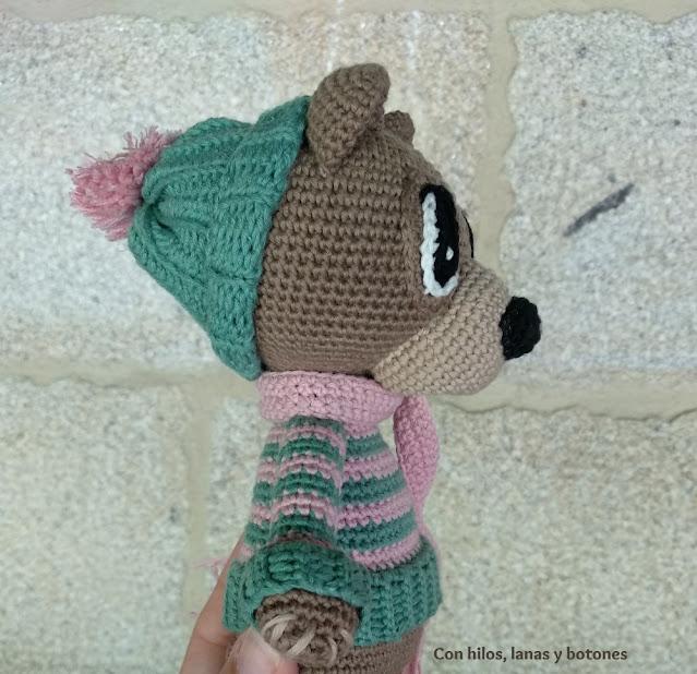 Con hilos, lanas y botones: Osito Kuma amigurumi (patrón Cucapuntoes)