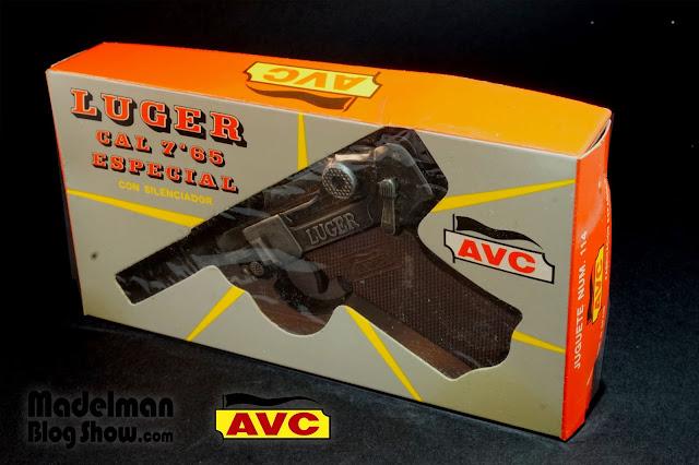 Pistola Luger con silenciador fabricada por AVC