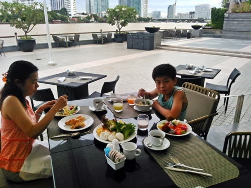 CHATRIUM HOTEL RIVERSIDE BANGKOK Grand-Room, BREAKFAST