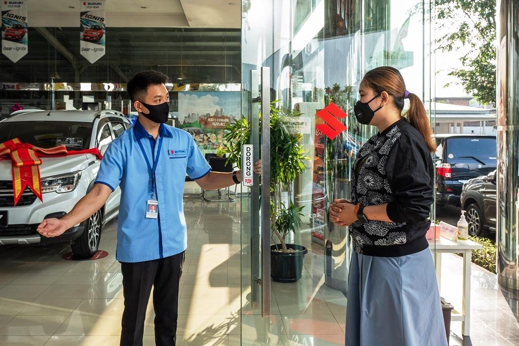 Suzuki Bagi-bagi Logam Mulia Hingga Sepeda Motor untuk Konsumen