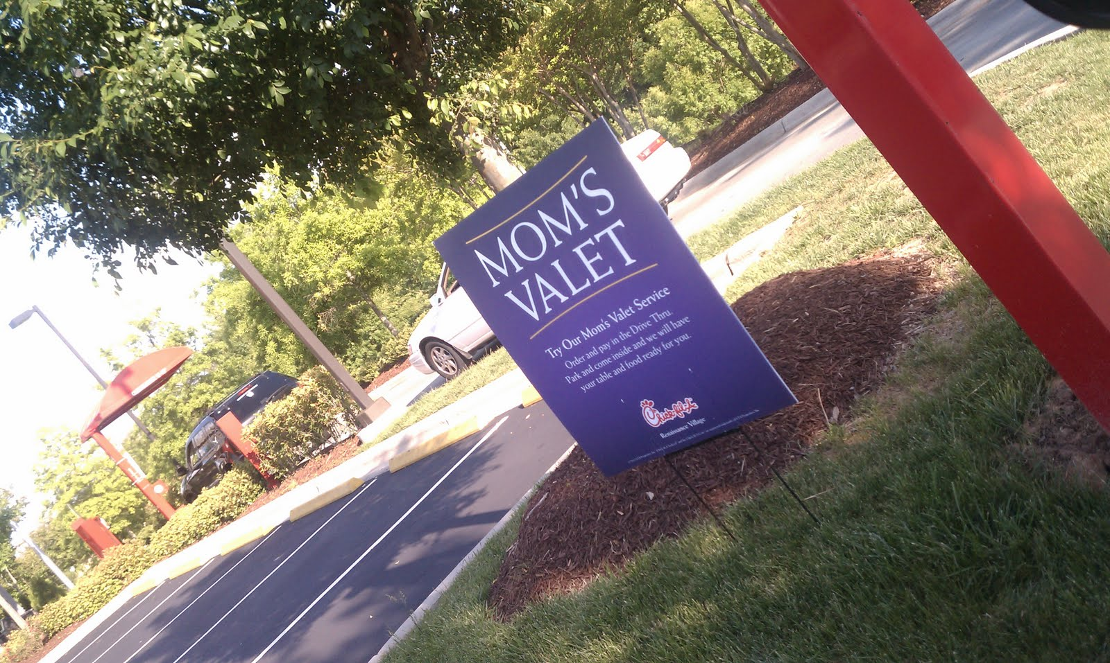 Chick Fil A Mom Valet A Guide For Parents In The Triangle Region