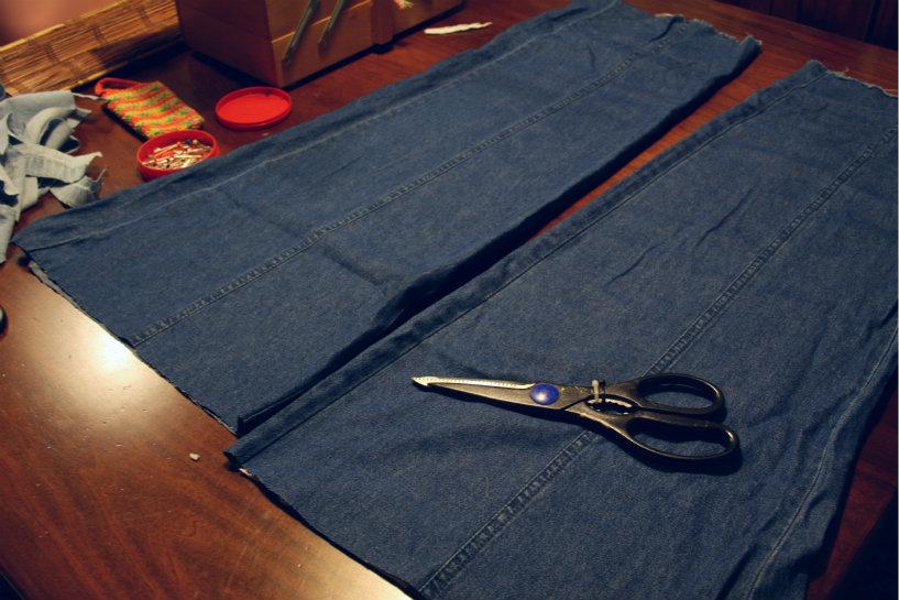 a casa di eli per l'ora del tè: Cuccia per il cane fai da te con vecchi jeans riciclati