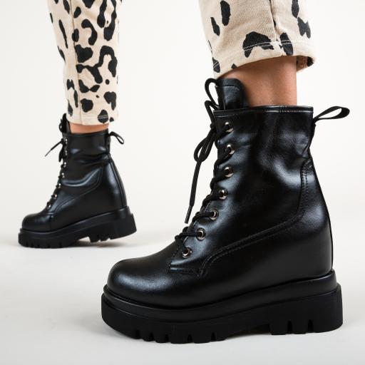 Ghete moderne de iarna cu talpa groasa fashion 2020