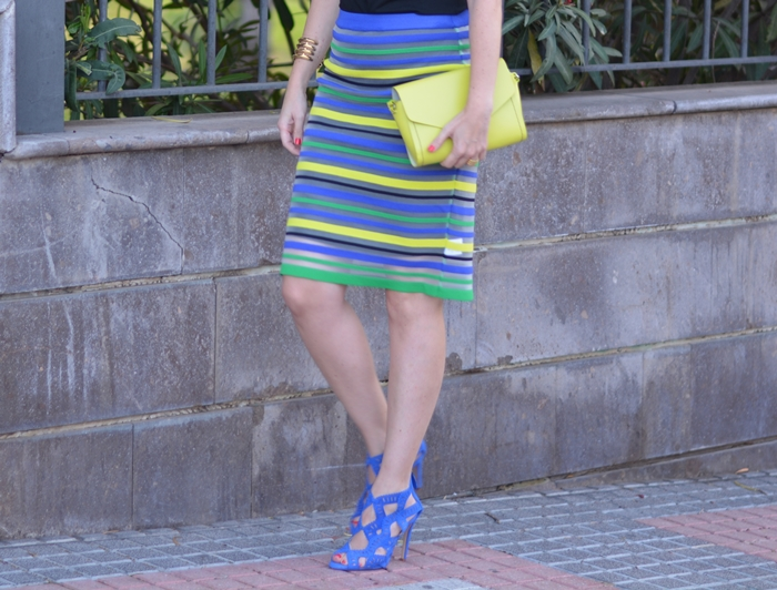 coloured-stripes-pencil-skirt-outfit