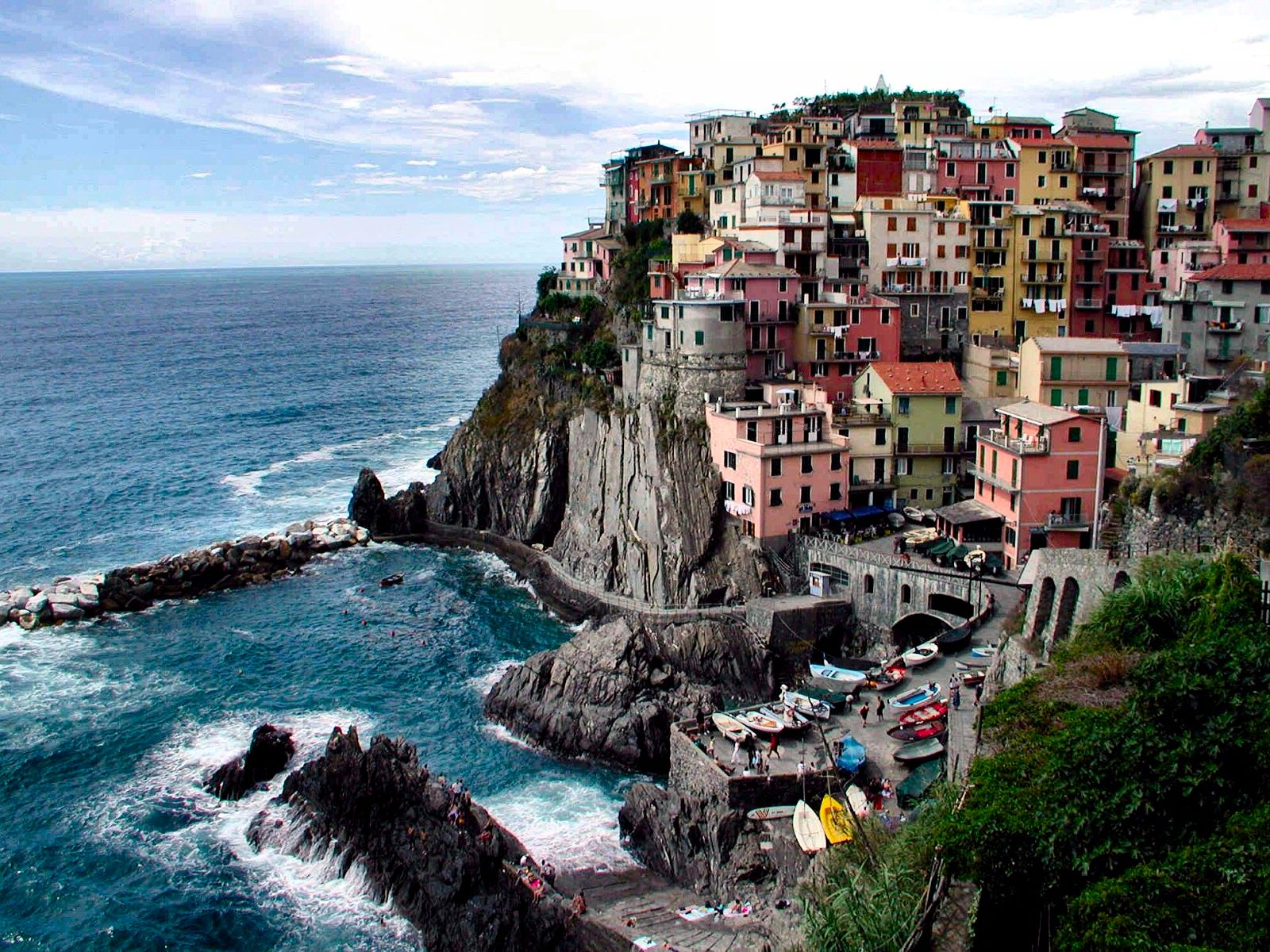 Travel Trip Journey : Manarola; Italy