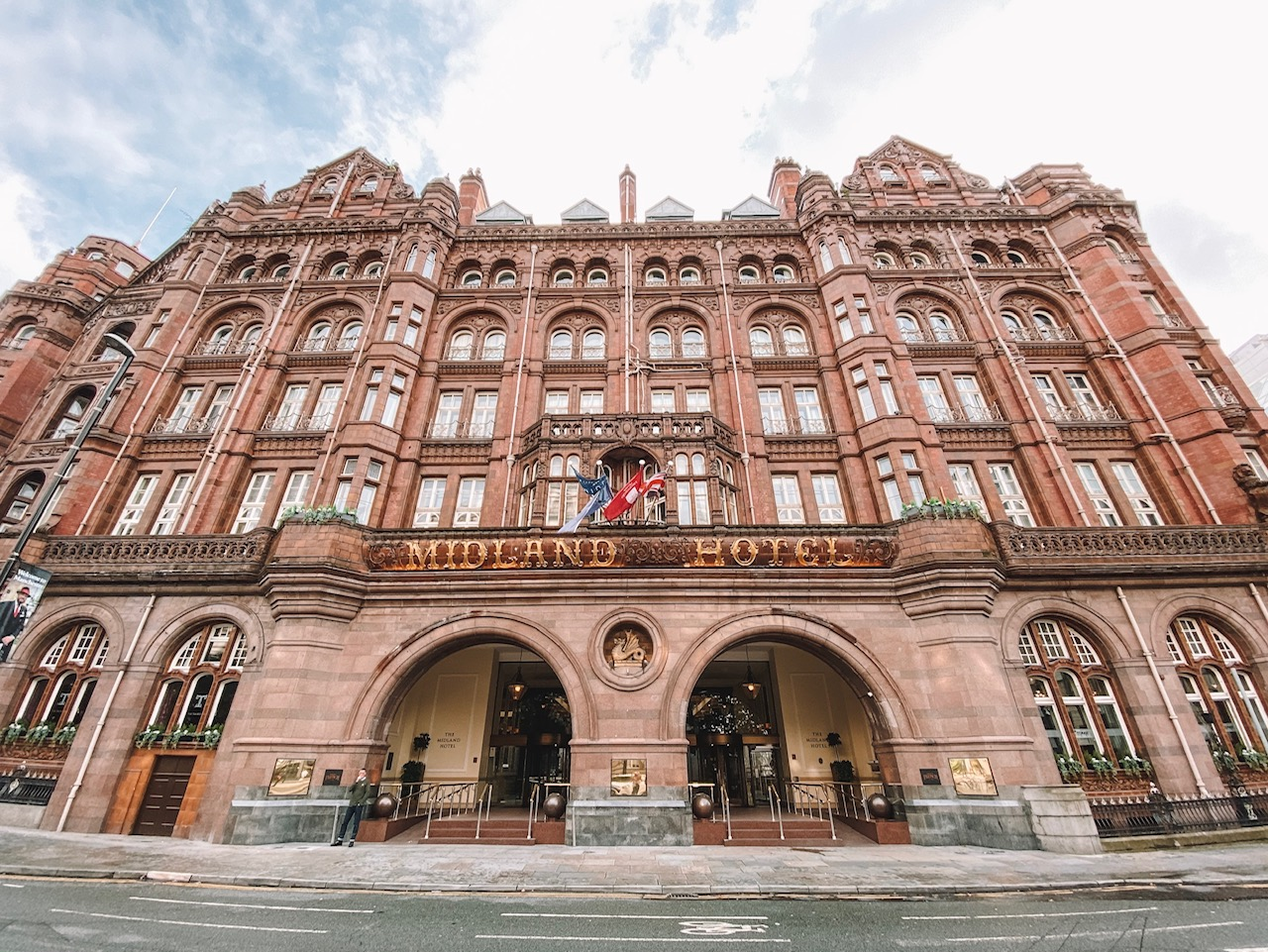 Travel blogger Amanda's OK visits the Midland Hotel in Manchester, UK