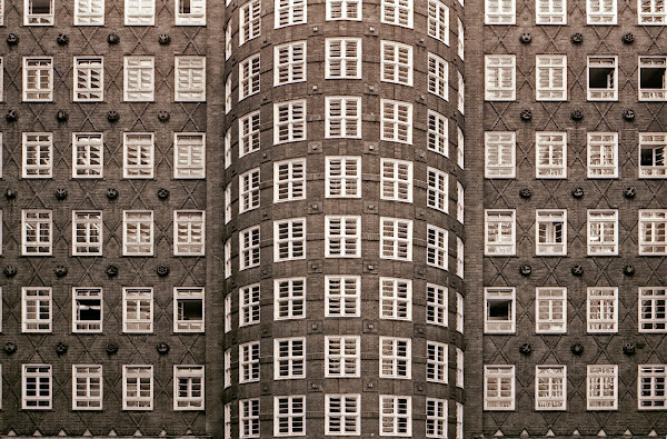 Hambourg, Sprinkenhof, Burchardstraße, kontorhaus, Hans et Oskar Gerson, Fritz Höger, © L. Gigout, 1990