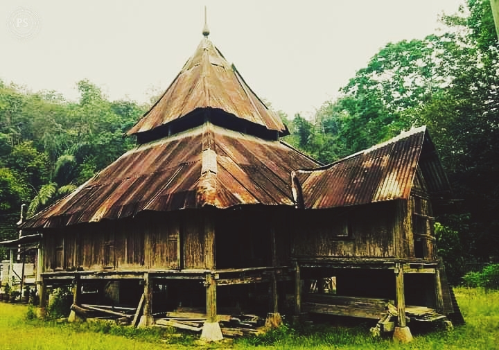 Kisah Seram : Penghuni Misteri di Surau Lama