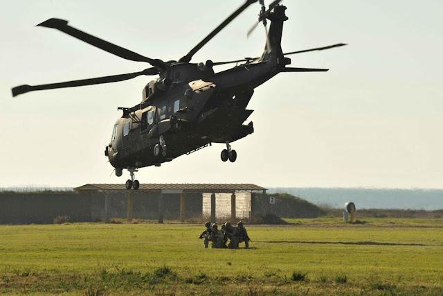 Forze Speciali Aeronautica esercitazione Tende Scaglia