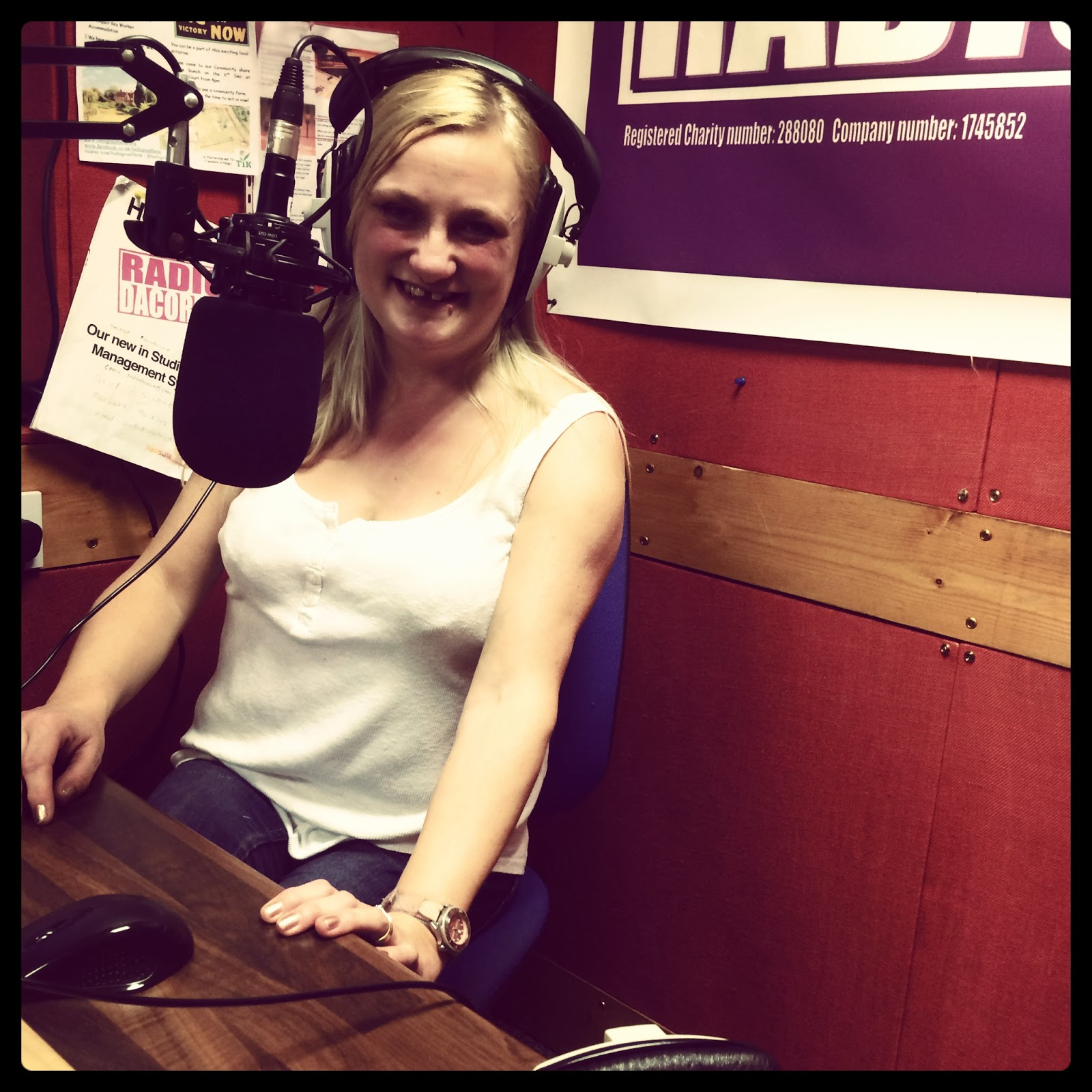 radio presenter http://www.madmumof7.com Radio Dacorum