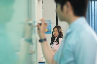 Adhisty Zara berperan sebagai Acha dalam Film Mariposa