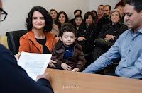Casamiento por civil en el CMDC, el juez dice unas palabras. Foto de Cristian Moriñigo, de Positive