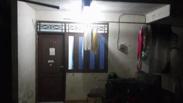 Aparat Nyamar Jadi Kuli Bangunan Sebelum Gerebek Terduga Teroris hingga Ada Atribut FPI