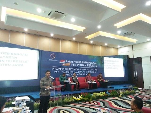 Waketum Apkasi Paparkan Pelayaran Perintis Selatan Jawa di Rakornas Pelayaran Perintis
